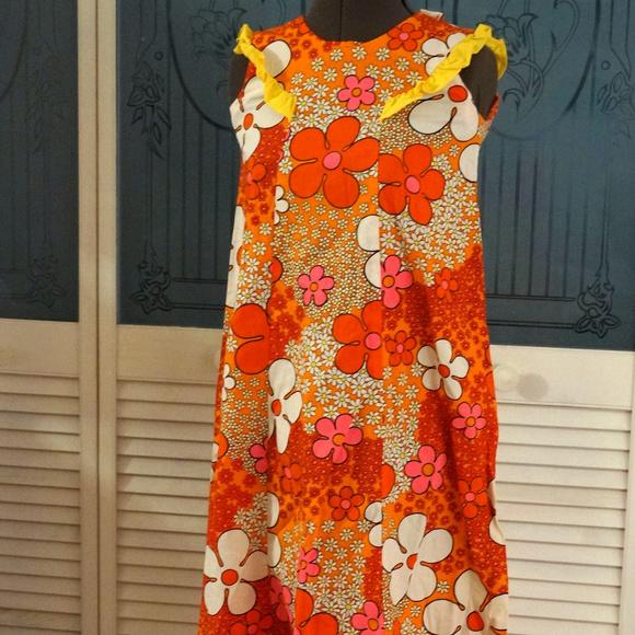52d5cf24958f Vintage Dresses   Makai Fashions Hawaiian Barkcloth Muumuu Dress ...